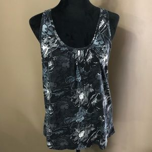 Old Navy tank top shirt black and white floral L